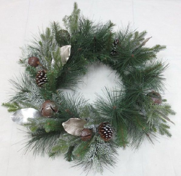 256130 –  30″ GREEN/SILVER PINE, BELL, CONE, MIX LEAVES WREATH