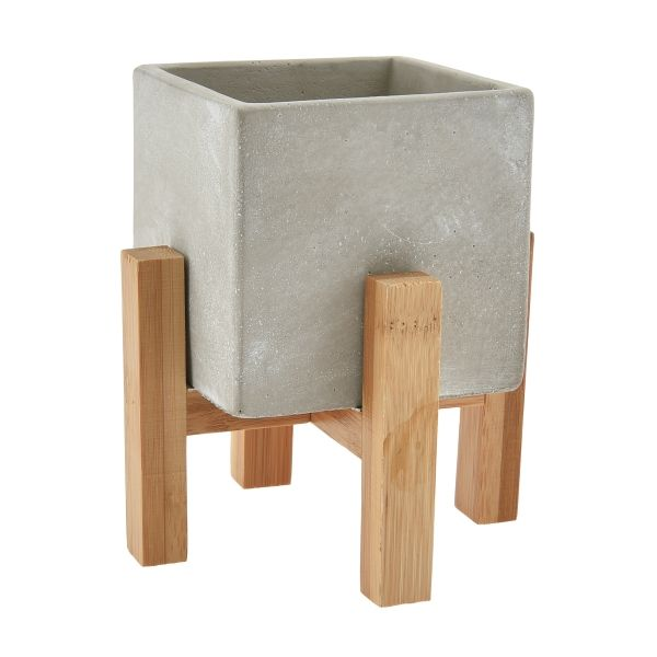 TW4235 –  3.25″ SQ CUBE IN WOODEN STAND, 6″ TOTAL HEIGHT